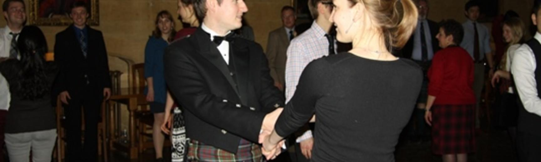 ceilidh dancing small 2