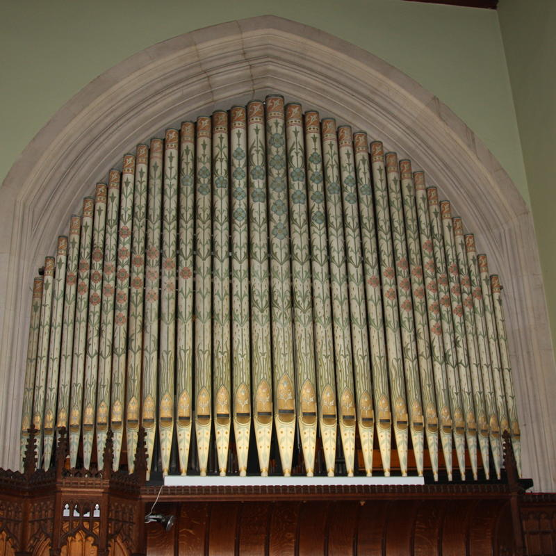 chapel organ pipes